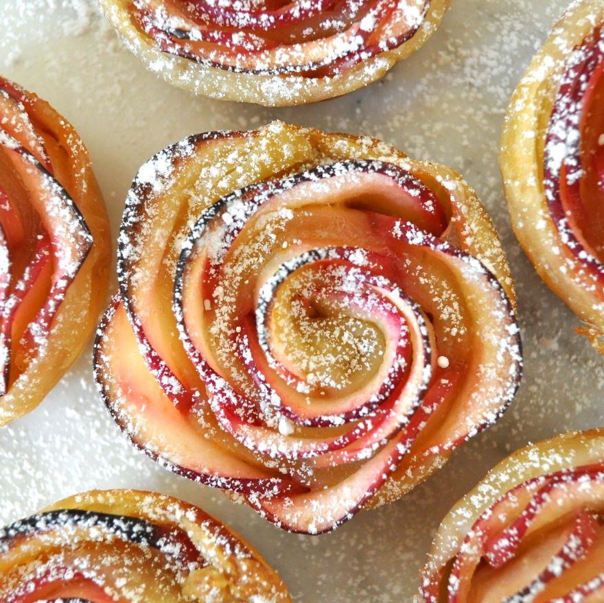 Apples Roses Wrapped in Pastry